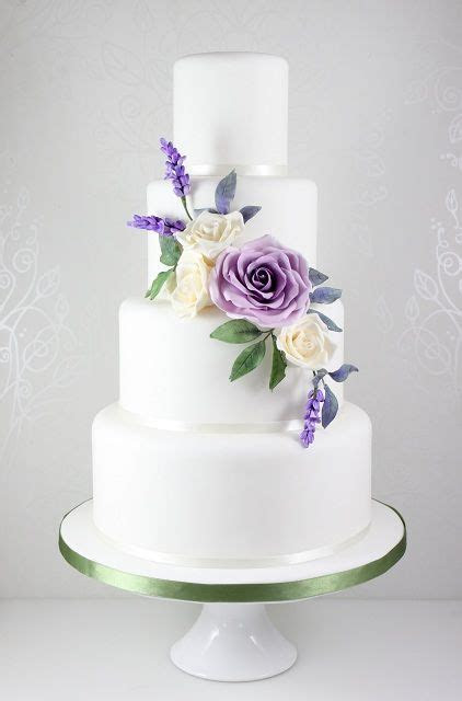 Best 25  Lilac wedding cakes ideas on Pinterest   Lavender