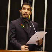 Pastor Silas Malafaia critica projeto de lei de Jean Wyllys que pretende dar às crianças poder de decisão sobre mudança de sexo