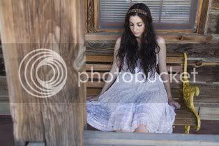 Marissa Nadler - white dress