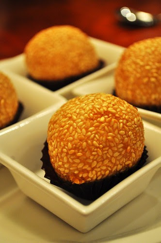 fried sesame balls with liquer chocolate