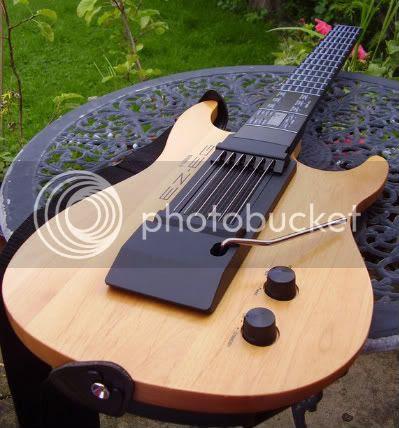 Yamaha EZ-EG digital guitar