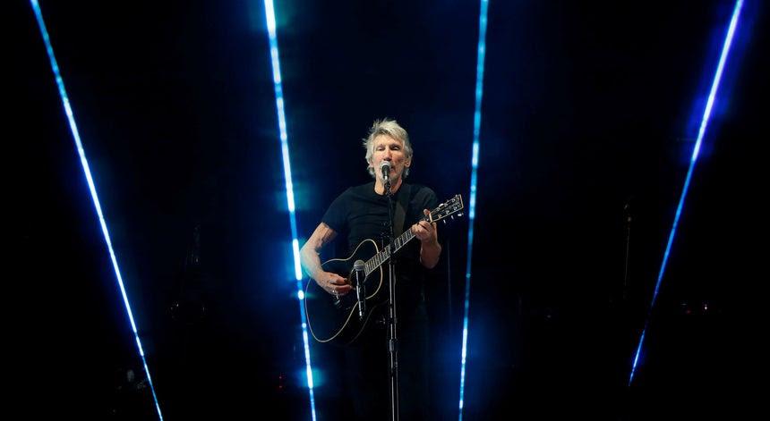 Roger Waters fica sem receber 4 milhões por se declarar anti Israel