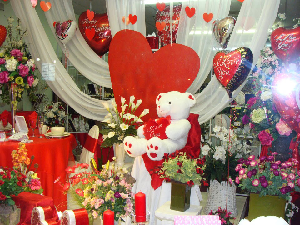 Valentine S Day At Your Local Flower Shop