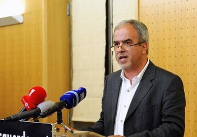 José Manuel Pureza diz que as propostas do Bloco são antagónicas em relação às de PS e PSD e sublinha que era possível seguir outra via para o OE 2011.