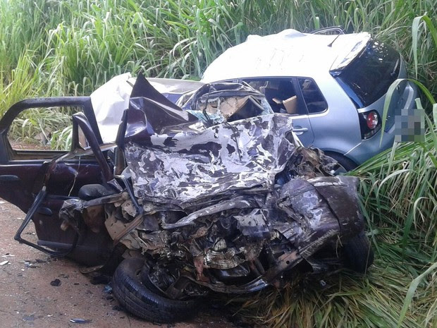 Das seis vítimas fatais de acidente, duas eram crianças, segundo os bombeiros, Goiás (Foto: Divulgação/PC)
