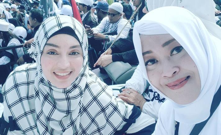 Rizieq Shihab Menetap Di Arab Saudi Bagaimana Dengan Ketujuh Putrinya