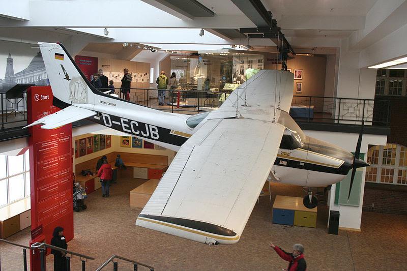 File:Cessna 172 D-ECJB of Mathias Rust.jpg