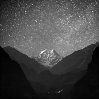 night scene+mountain+stars