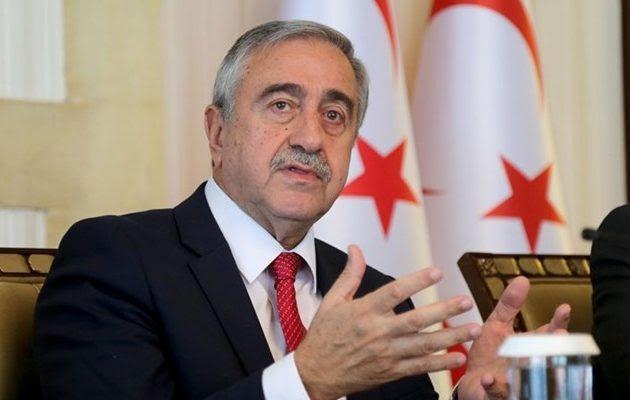 Όμηροι των Τούρκων σε φριχτό αδιέξοδο οι Τουρκοκύπριοι – Σε παραλήρημα ο Ακιντζί