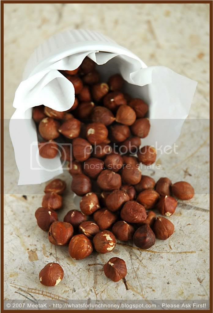 Nuts Hazelnuts 01 by MeetaK