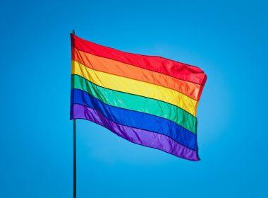 Liminar permite psicólogos promoverem 'cura gay' sem censura do conselho federal