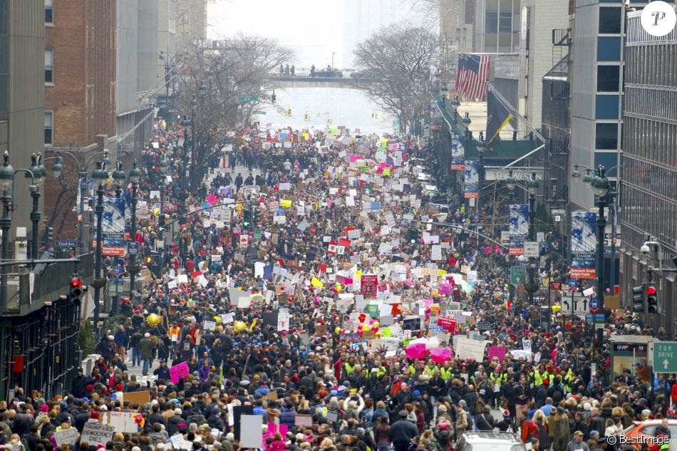 http://static1.purepeople.com/articles/0/21/98/30/@/3000017-manifestation-the-women-s-march-a-new-950x0-1.jpg