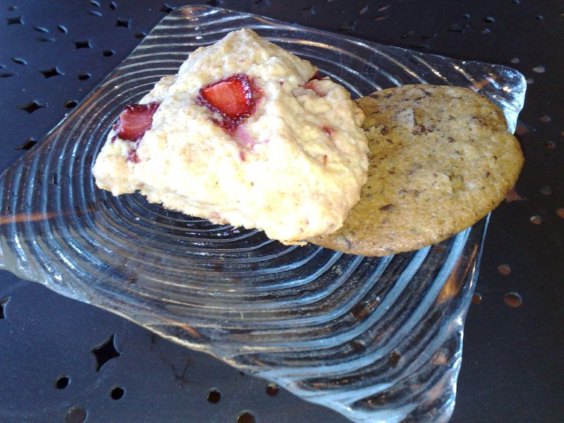 Fresh Strawberry Scone and Chocolate Chip Cookie