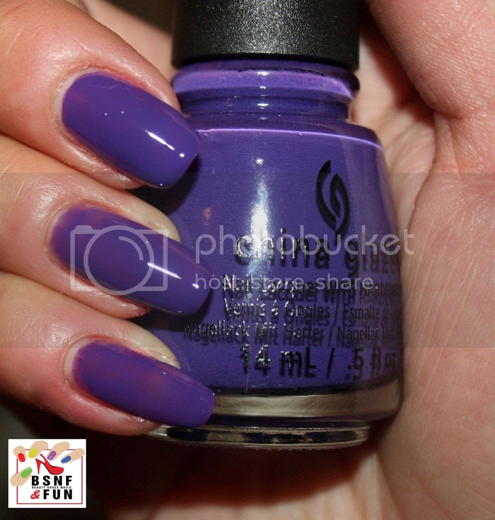 photo China Glaze Cheers-10_zps43qgg8jm.jpg