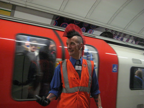 Mind the Mohican - Guess Where Tube