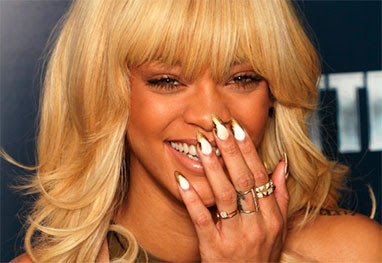 Rihanna paga R$ 23 mil para manicure - Getty Images