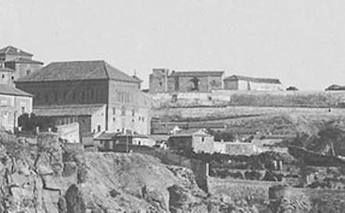 Sinagoga del Tránsito y Paseo de San Cristóbal desde el Puente de San MArtín a comienzos del siglo XX. Foto Rodríguez