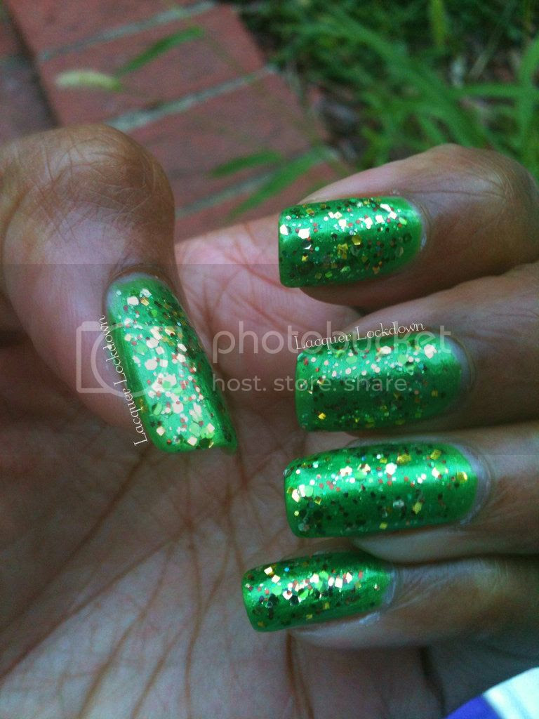 Lacquer Lockdown - dollish polish,dolish polish hero of time, glitter polish, indie, glitter gradient, laser gradient, china glaze paper chasing, nail art, sponging, gradient