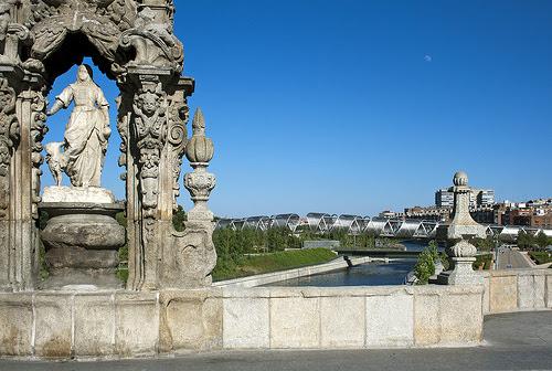 Arganzuela footbridge from Toledo Bridge, Madrid, Spain