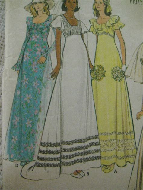 Vintage 70's Butterick 3491 BRIDAL WEDDING GOWN DRESS