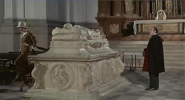 "Antiguo Hospital Tavera, Toledo, en 1969 (Captura de ""Tristana"" de Buñuel)"