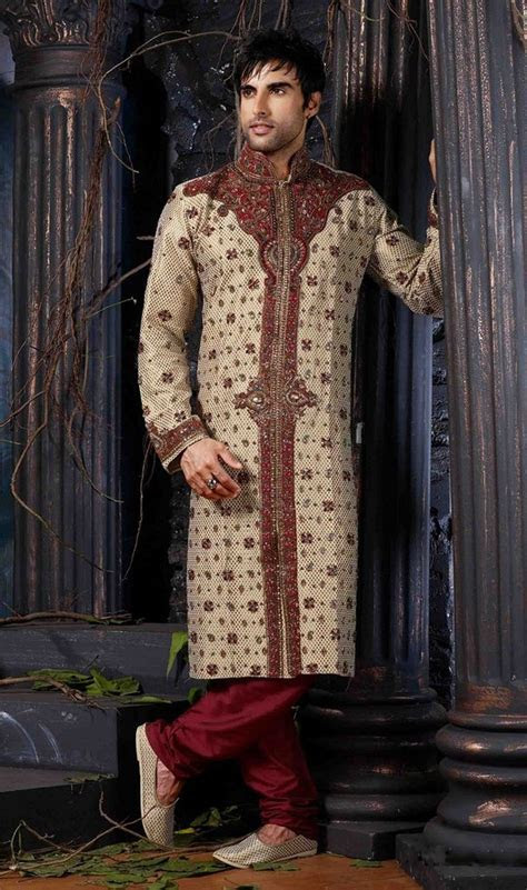 1000  ideas about Indian Groom on Pinterest   Sherwani