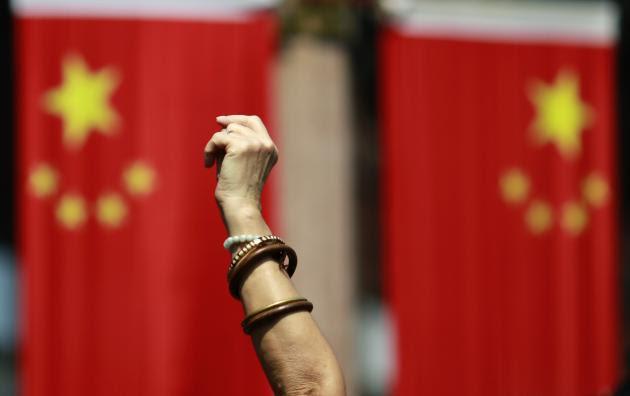 """ΚΙΝΑ: """"Πατώντας"""" στη κορυφή της παγκόσμιας οικονομίας."""