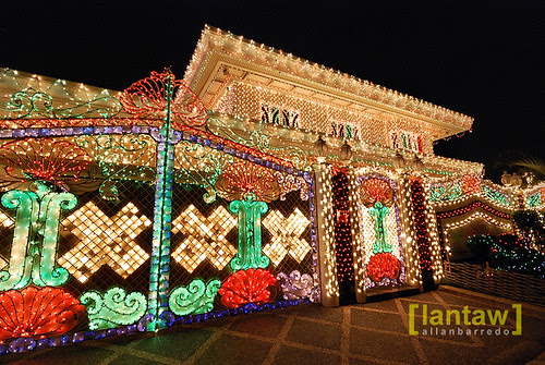 Policarpio Christmas Lights