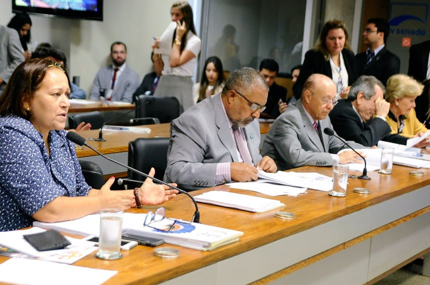 Fátima Bezerra foi a relatora da proposta na Comissão de Educação - Foto: Geraldo Magela/Agência Senado