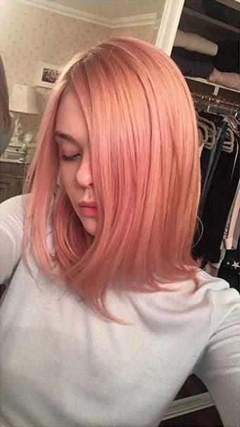 Resultado de imagen de elle fanning pink hair