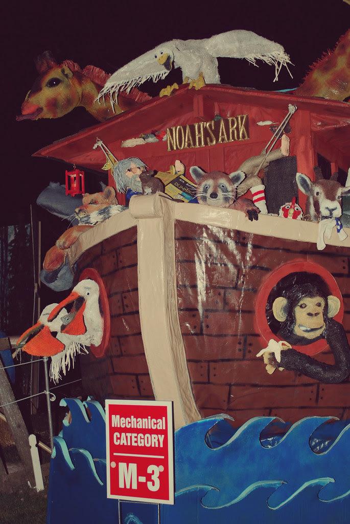 Noah's Ark mechanical scarecrow