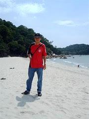 Kuantan, Teluk Chempedak beach