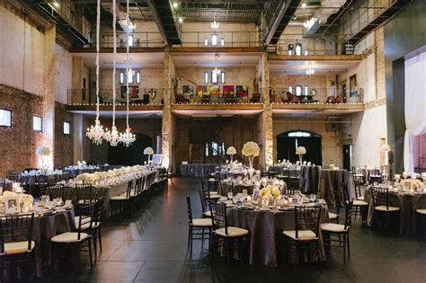 Black Tie Minneapolis Wedding at Aria   MODwedding