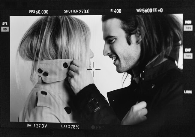6 Sienna Miller and Tom Sturridge behind the scenes at the Burberry Autumn_Winter 2013 campaign
