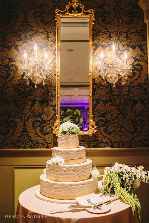 Vintage Hotel Viking Wedding : Newport Rhode Island : Greg