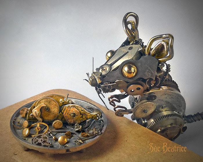 esculturas-steampunk-piezas-relojes-recicladas-susan-beatrice (4)