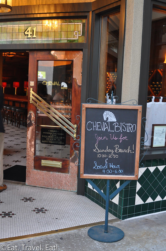 Cheval Bistro- Pasadena, CA: Exterior Signage