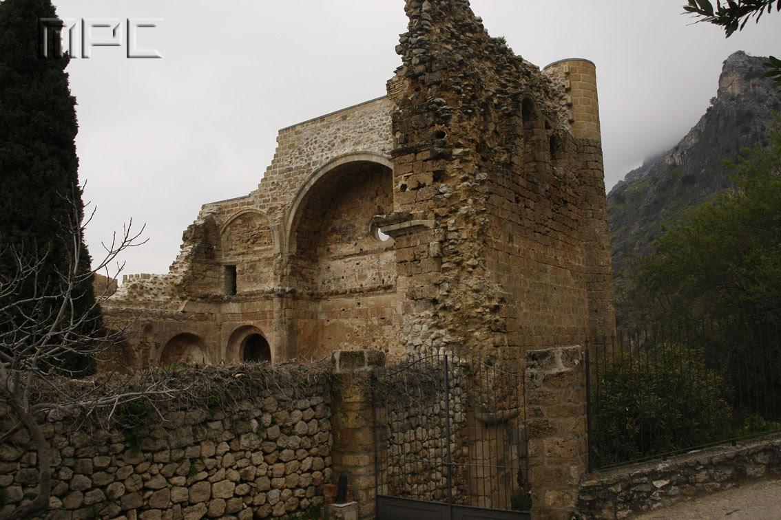 Resultado de imagen de iglesia santo domingo de silos La Iruela.