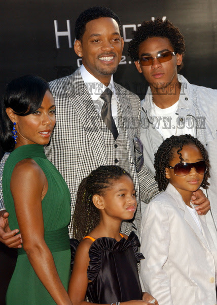 will smith family photo. will smith family images.