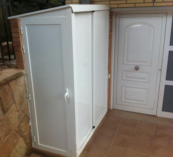 Dormitorio muebles modernos armarios para exteriores for Armario exterior