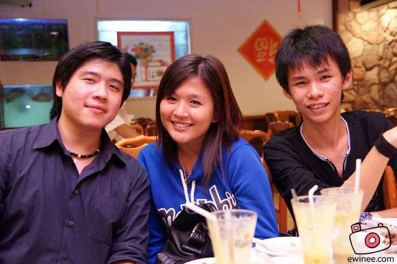 US-in-MAGIC-WOK-DAMANSARA-JAYA-chriselliebryan
