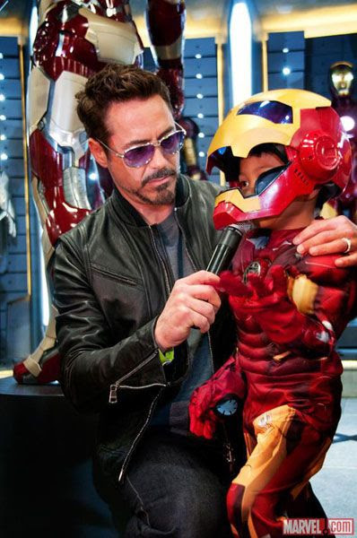 Robert Downey Jr. interviews a young IRON MAN fan at San Diego Comic-Con 2012.