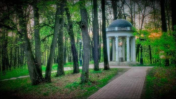 Царицынский парк. Храм Цереры/3673959_4 (700x393, 67Kb)