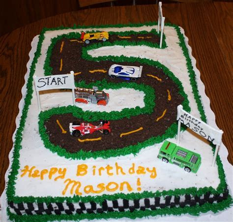 Race Track Cakes ? Decoration Ideas   Little Birthday Cakes