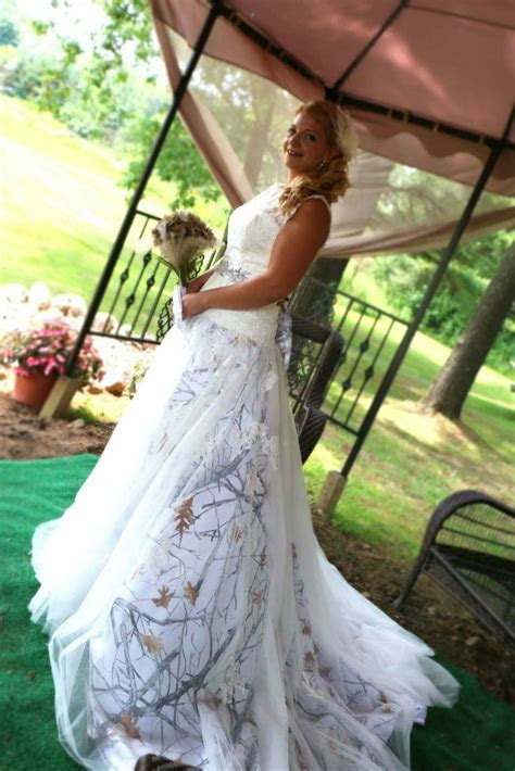 Best 25  Snow camo wedding ideas on Pinterest   White camo