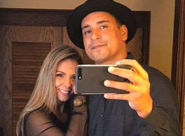Xanddy e Carla Perez fazem declaração para desejar parabéns ao filho