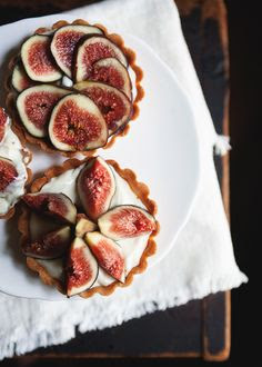 fig tartlets ++ via the tart tart