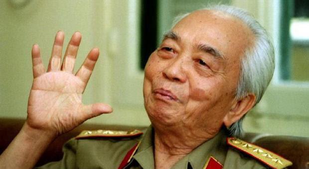 Morreu o general vietnamita Vo Nguyên Giap, o Napoleão vermelho