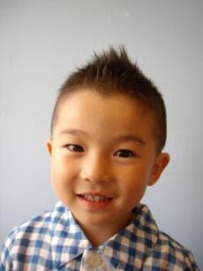 男の子のソフトモヒカン髪型カタログ!子供の可愛さ引立つ  - キッズヘアスタイル ソフトモヒカン