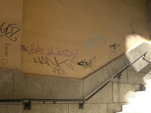 Arco de la Sangre, Toledo. Pintadas.